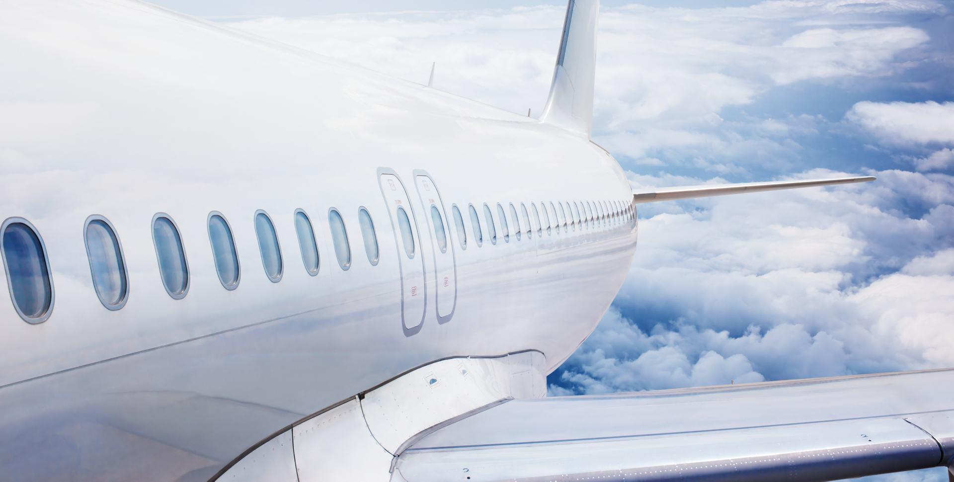 Airfare_Savings-486684-edited.jpg
